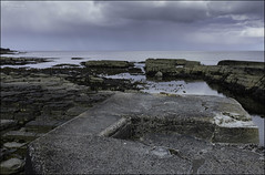 137 - Pier's End (North Light) Tags: rain squall coast scotland spring harbour may showers eastcoast caithness aukengill