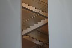 USA, New York: MoMA (dscheronimo) Tags: usa newyork abstract stairs sony moma museumofmodernart abstrakt stufen treppen treppenhaus rx100