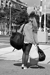 Bags (Franco & Lia) Tags: street blackandwhite holland amsterdam noiretblanc nederland biancoenero photographiederue fotografiadistrada 2485f284