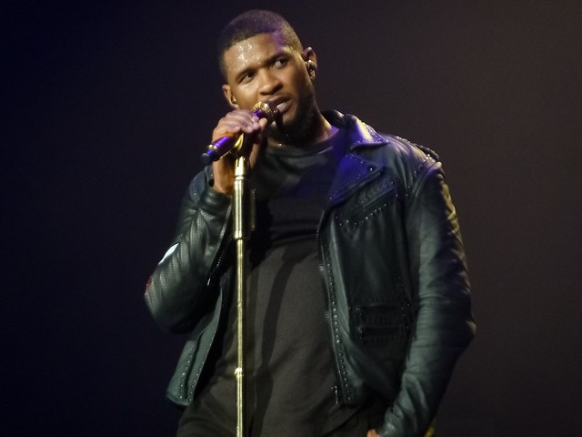 Usher - The UR Experience - Zénith, Paris (2015)