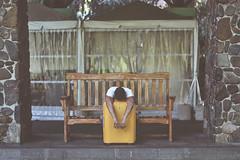 RETURN (oroyplata.) Tags: selfportrait paris valencia yellow back disneyland fine banco tired return sit sentado conceptual rafa sequoia vacaciones maleta vuelta comeback hollydays expore macas oroyplata