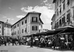 Pisa (William MacGregor) Tags: pisa italy italia italian people relax eat street europe eos european travel damncool dslr twop twtp canon 5d 50d outdoor building buildings architecture sky skyline scenic macgregorwilliam monochrome blackandwhite road