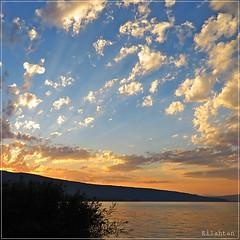 Impressive sunset (nathaliedunaigre) Tags: sunset coucherdesoleil lac lacdannecy lake ciel sky impressive impressionnant nuages clouds carr square