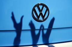 VW shadow play ... [Explore] #88 24/09/2016 (southseadave) Tags: a7 fe2870 vw vwcampervans shadows vwlogo