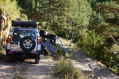 Negociating the hairpin turn (Red Cathedral [FB theRealRedCathedral ]) Tags: sonyalpha a77markii a77 mkii eventcoverage alpha sony car oldtimer sonyslta77ii slt evf translucentmirrortechnology mudrun ocr strongmanrun obstaclerun redcathedral hiking alittlebitofcommonsenseisagoodthing catalonia catalunya spain espana landrover defender 90 110 discovery outdoors adventure offroad 4x4 mountains pirineus