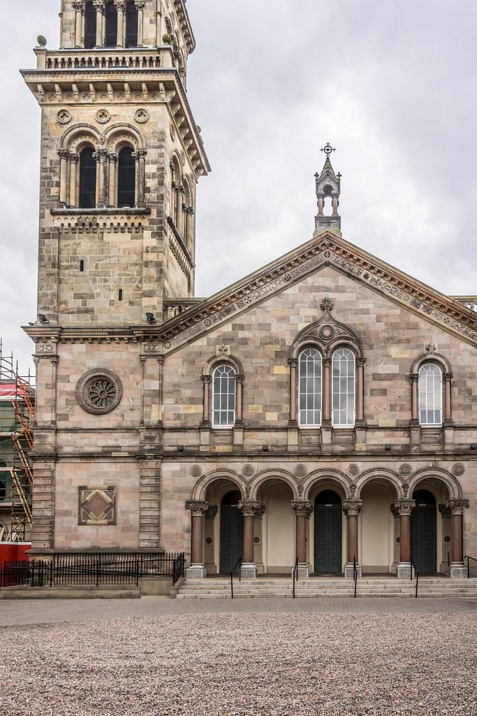 ELMWOOD HALL [ORIGINALLY A PRESBYTERIAN CHURCH] REF-102882