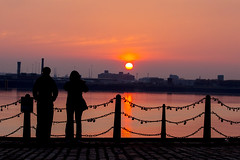 Mersey Sunset 5592 (Chris Galvin Photography) Tags: sunset silhouette lowlight cityscapes mersey rivermersey