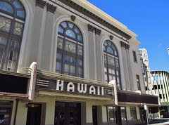 Honolulu, Hawaii (Jasperdo) Tags: cinema building history sign architecture hawaii theater neon theatre neonsign honolulu movietheater hawaiitheatre fadingamerica