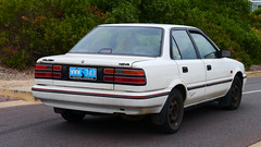 Port Willunga, SA - Australia (Mic V.) Tags: nova car port sedan state south australian australia voiture 1993 le toyota sa 1994 limited saloon defence corolla berline holden e90 willunga slx www743