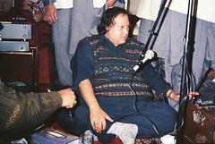 The Face of Qawwali - Nusrat Fateh Ali khan (Farooq Raz) Tags: singing fateh ali budha khan nusrat qawwali nfak