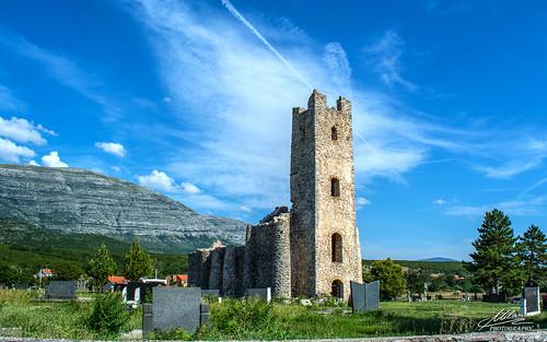 Crkva Sv. Spasa na vrelu Cetine
