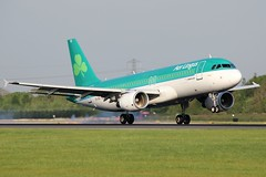 EI-DVI (AnDrEwMHoLdEn) Tags: aerlingus a320 egcc airport manchester manchesterairport 05r