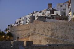 Murallas de Mereen - Pescola (CarlosJ.R) Tags: espaa castillo castelln murallas pescola mereen