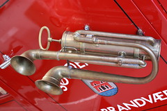Fire Horn (...be creativ make a photo) Tags: rescue canon fire chrome sound oldtimer horn firefighter feuer danmark hupe brandbil alarm112 stra poarna brandkr brandvaesen brannvesenet brandvaer brandvaern