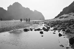 Pfeiffer Beach, Big Sur (Courtney Thompson) Tags: big sur pfeiffer beach california blackandwhite monochrome sand surf people streetphotography 3200 nikon