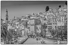 Promenade de la Mer, Menton (janlof671) Tags: mediterranian france sea summer monochrome blackandwhite riviera menton