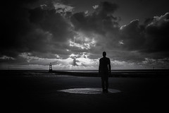 Antony's Sunset (spr905) Tags: antonygormley blackandwhite mono monochrome crosbybeach liverpool sunset beaches coast seashore