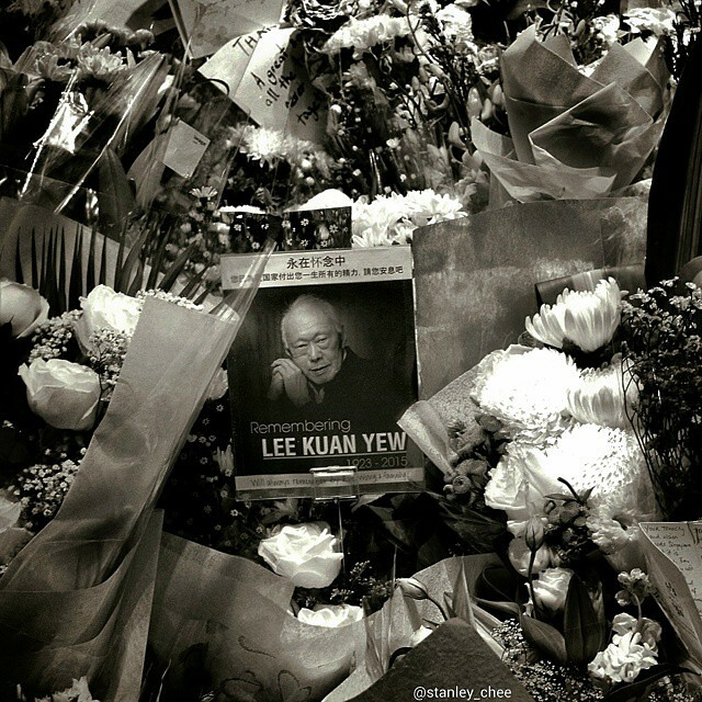 Remembering Mr LEE KUAN YEW Founding Prime Minister of Singapore Istana Orchard Road Singapore  #ThankYouLKY #rememberingLKY #RIPLKY #tributetoLKY #RememberingLeeKuanYew