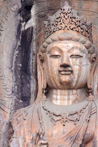 Bodhisattva detail, Ancestor Worshipping Temple (奉先寺, fèng xiān sì)