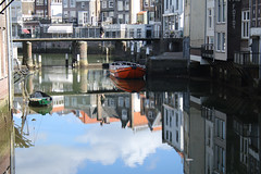 Dordrecht - The oldest city in Holland (Roby_BG) Tags: red holland water reflections boats canal barche netherland dordrecht acqua rosso riflessi canale