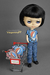 Custom Blythe doll clothes - Grateful dead tie dye T shirts and baggy denim jeans pants