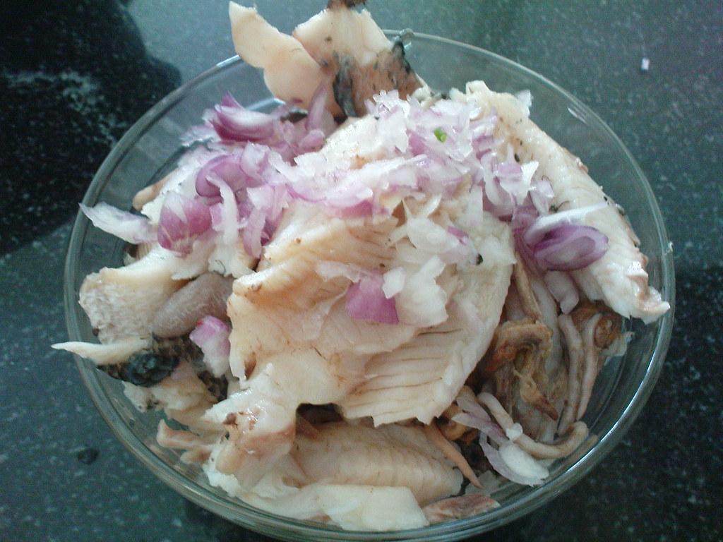 3Cá lóc-thành phần chính tạo nên tên tuổi cho bánh canh cá lóc Hải Lăng