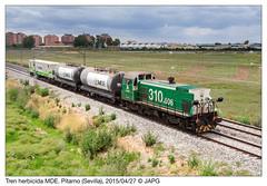 Herbicida por el Ptamo (japg) Tags: tractor tren puerto sevilla cordoba alfonsoxiii 310 006 contenedor mde guadaira cisterna riego 2015 ramal larinconada cisternas herbicida lasalud ptamo 310006