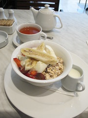 IMG_2160 (JohnSeb) Tags: johnseb food meal breakfast muesli asia2013 kualalumpur malaysia city