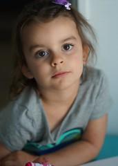 eyes of an artist (Alvin Harp) Tags: portrait bigeyes july granddaughter beautifuleyes prettygirl 2016 childportrait teamsony sonya7rii sonyilce7rm2 alvinharp fe85mmf14gm