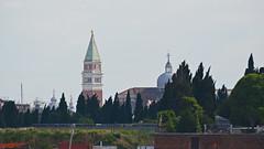 2013.05.29.004 VENISE - Sestiere di Castello - Vue sur le Campanile (alainmichot93 (Bonjour  tous)) Tags: italie italia vntie venise venzzia sestiredicastello architecture canal lagune tour campanile