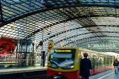 Train Approaching (spcoonley) Tags: berlin station train fuji railway hauptbahnhof fujifilm xe1 xf23mmf14