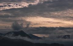 La niebla es un manto de seda (fermin.esparza) Tags: niebla seda urdaibai