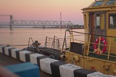 (engine9.ru) Tags:        arkhangelsk ship river bridge sunset water