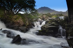 Tryfan (Gjammin) Tags: tryfan ogwen waterfall north wales valley mountain water
