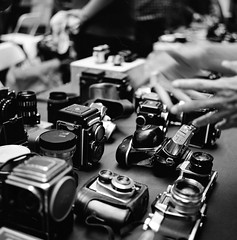 The 6th Annual Photo Equipment Flea Market, HK 2014 (kamshingk) Tags: rolleiflex 35f planar fuji acros 100 120 6x6 66 middleformat filmisnotdead square squareformat buyfilmnotmagapixels blackandwhite bw believeinfilm black bokeh gear leicagear nikongear voigtlander fair camerafair camera cameraporn leica leitz leicaporn leicacraft leica100 leicacamera lens