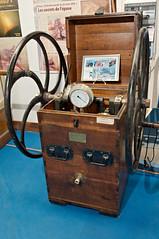Pompe de scaphandrier (zigazou76) Tags: hangar13 muséemaritimeetfluvial pompe quaiémileduchemin rouen scaphandre