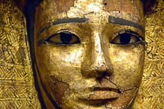 Face in Gold (EmperorNorton47) Tags: thelouvre paris iledefrance france photo digital autumn fall interior museum art gold pharoah ancient egypt statue sculpture face