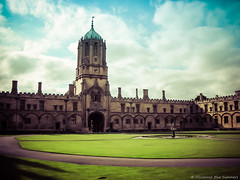 [ARCHIVES]Oxford (DiscoloredBlueSummers) Tags: uk england court university grass architecture oxford