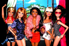Gatinhas (FranBoy Monteiro) Tags: barbie fashion girls models divas diva top dolls doll model friends colorful colorido amigas fun collector collection gay life style