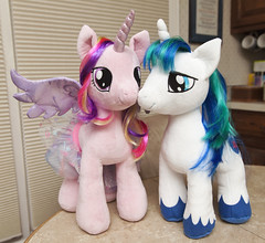 Princess Cadance and Shining Armor (Ya-u) Tags: toy plush pony plushie unicorn cadence mlp mylittlepony buildabear shiningarmor cadance alicorn princesscadance