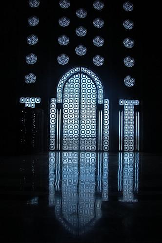 "Casablanca - meczet Hassana II - wnętrze <a style=""margin-left:10px; font-size:0.8em;"" href=""http://www.flickr.com/photos/125852101@N02/16589975977/"" target=""_blank"">@flickr</a>"