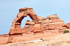 Tourist Clich - Delicate Arch - Arches NP (BlueVoter - thanks for 1.5M views) Tags: nationalpark sandstone arches moab archesnationalpark mesa