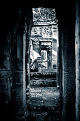tomb selfie raider
