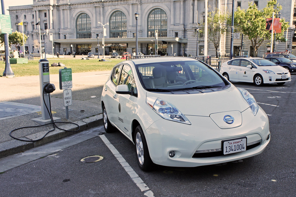Nissan Leaf at a public charging station by mariordo59, on Flickr