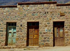 RSCN1848 Cerrado (luispedrosocak) Tags: argentina casa nikon paisaje colores jujuy tilcara almacn ripio