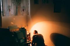 (maryam_mzadeh) Tags: light نور film fuji fathersroom myfather پدر
