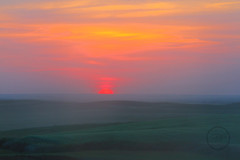 I didn't paint it (breann.fischer) Tags: greatplains sunset thosecolors rollingplains wildprairie beautyseeker beautyhunter nd2016contest prairie prairiesunset glowingsun hills rollinghills