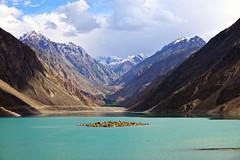 Satpara Lake - Skardu (anbajwa) Tags: pakistan lake mountains beauty clouds photography nikon flickr awesome skardu satpara satparalake gilgitbaltistan asimnisarbajwa anbajwa norternareaofpakistan