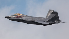 F-35 & F-22 Heritage Flight. (Steve Cooke-SRAviation) Tags: airplane display jet aeroplane airshow f16 vulcan redarrows mig fairford riat 2015 warplanes sraviation canonstevecooke