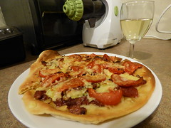 Pizza for dinner (Sandy Austin) Tags: panasoniclumixdmcfz70 sandyaustin westauckland auckland northisland newzealand massey pizza cheese tomato salami cornedbeef